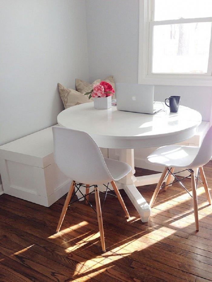 Dining room table 9 - with small round shape