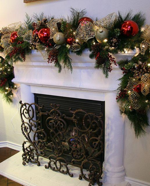 Christmas garlands for stairs fireplaces and lights for Christmas mantel decorations garland