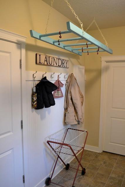 Hanging laundry rack - for drying clothes