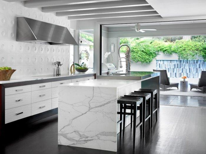 Kitchen backsplash 10 - contemporary American style