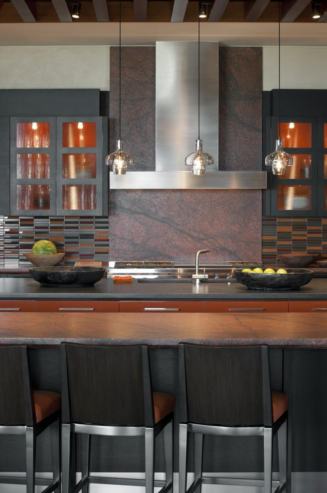 Kitchen backsplash 8 - modern traditional style