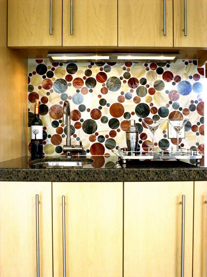 Kitchen backsplash - with modern ball shapes