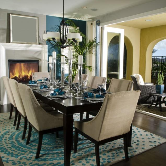 Dining Room Table – What Chairs or Decor to Choose