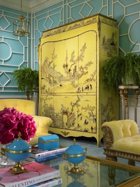 Living room with chinese decoration 5 - yellow wardrobe with traditional art