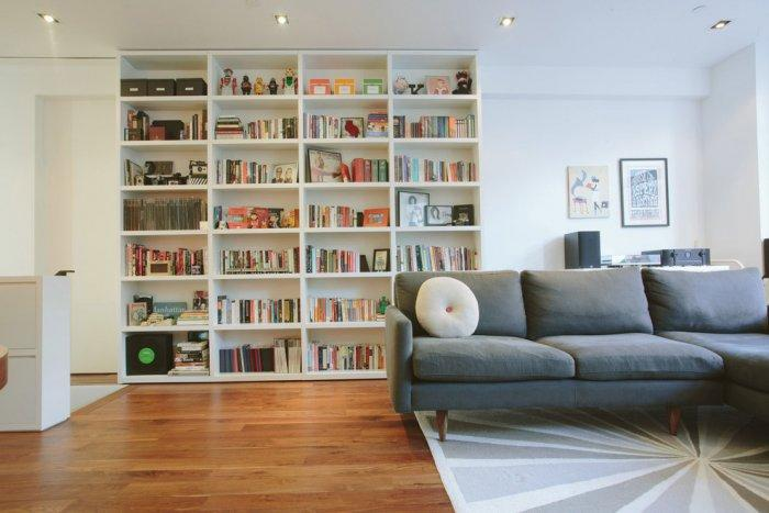 Modern bookcase design - with straight lines