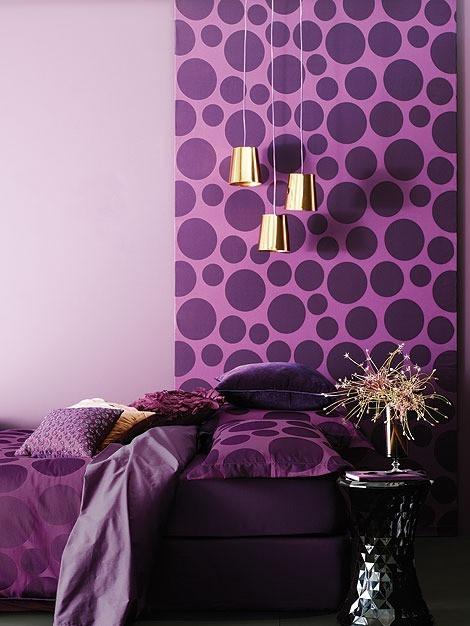 Modern decor idea 10 - purple bedroom
