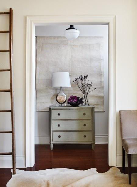 Modern decor idea 15 - vintage chest of drawers