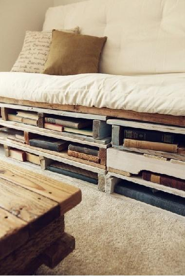 Pallet bed storage 1 - for books