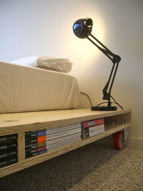 Pallet bed storage 6 - for books and lamp