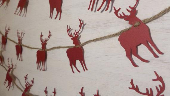 Red deers Christmas garland - and burlap thread