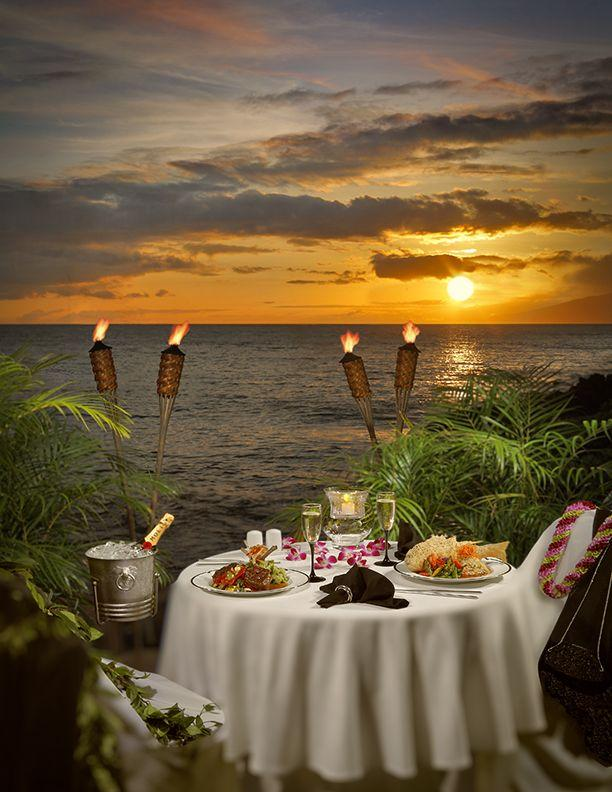 Romantic table on the beach 2 - with delicious meals