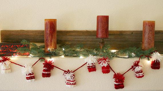 Small Christmas garland - red and white