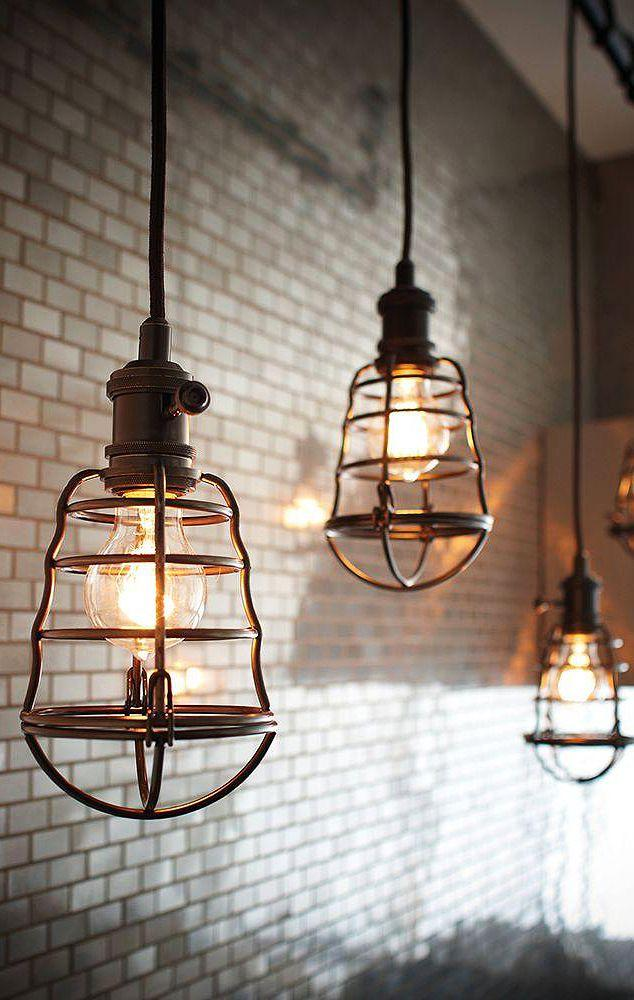 Vingate industrial pendant - with light bulbs