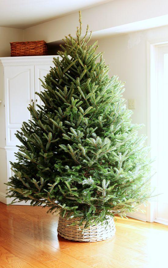 Wicker Christmas Tree Skirt 9 In A Cozy Scandinavian
