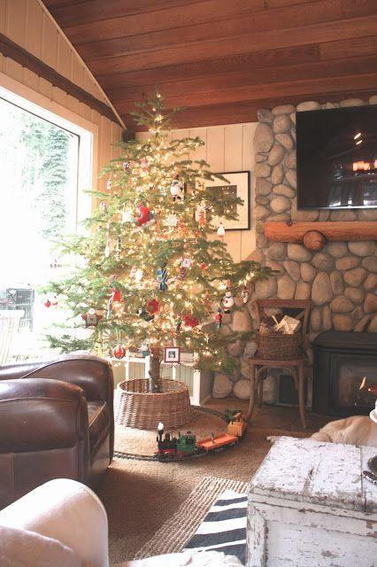 Wicker Christmas tree skirt - in a mountain cottage room