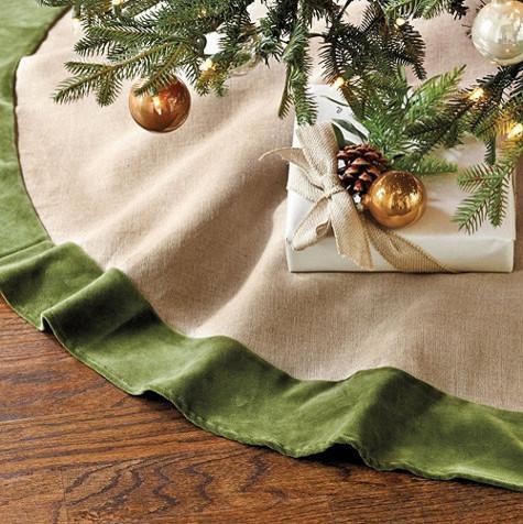 BurlapScrim Tree Skirt