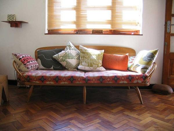 Mid-century modern sofa - with colorful seat