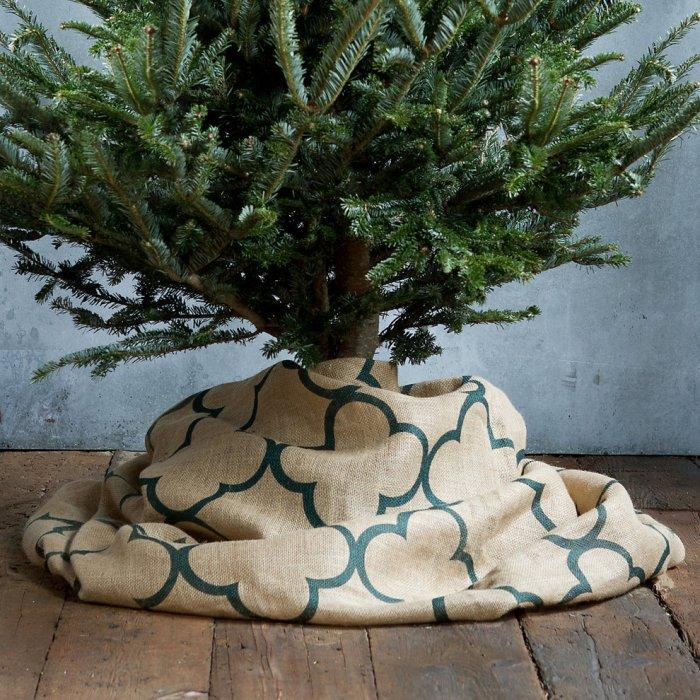 Quatrefoil Tree Skirt