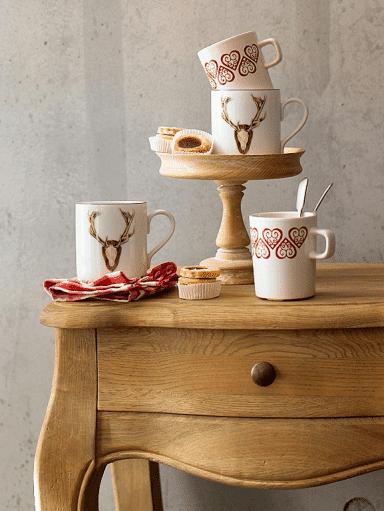 White porcelain - cup decorations