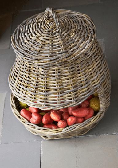 Wicker basket - full of fruits