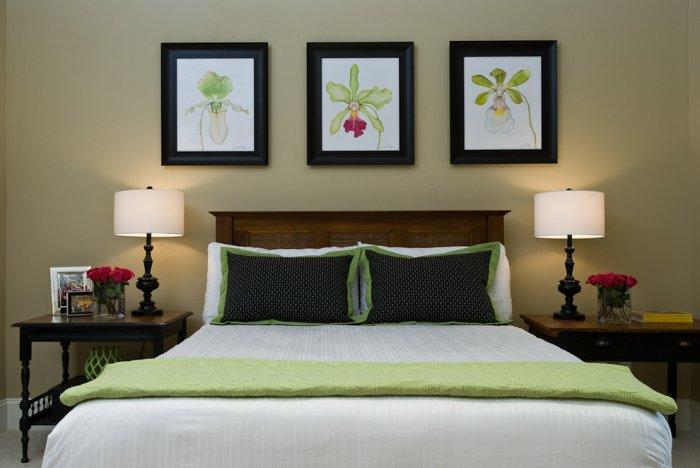 Cozy bedroom art - green paitings