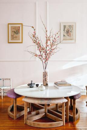 Decorating with upholstery-idea from New York