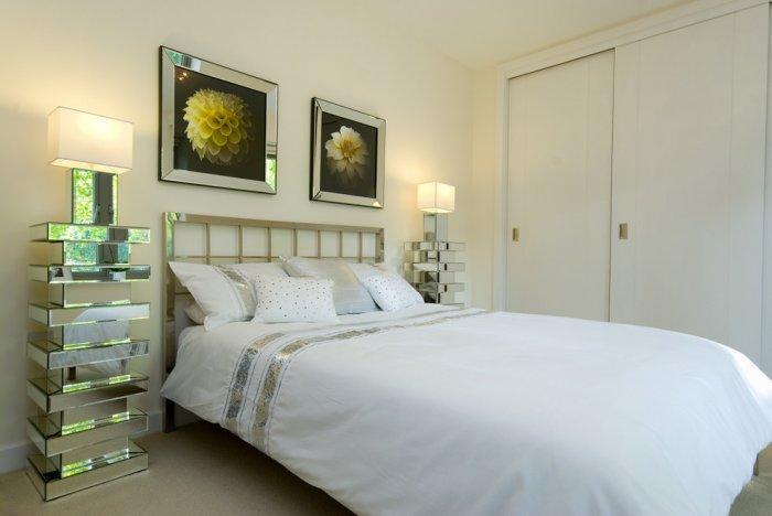 Elegant bedroom art - flower paitings