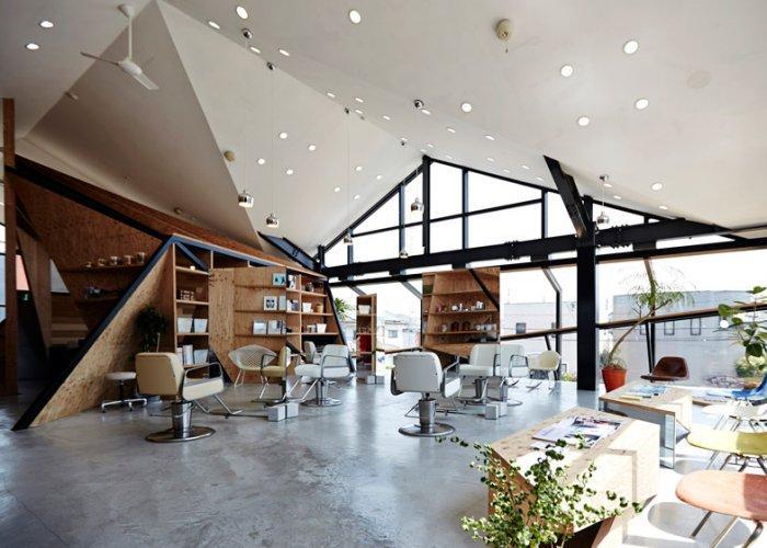 Hairdresser's salon architecture - cubic shapes