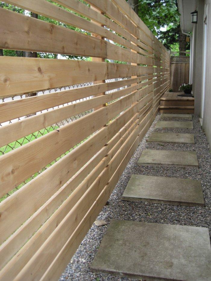 New pallet fence - in natural color