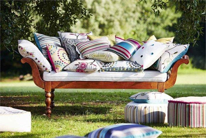 Outdoor cushions - with colorful uphostery