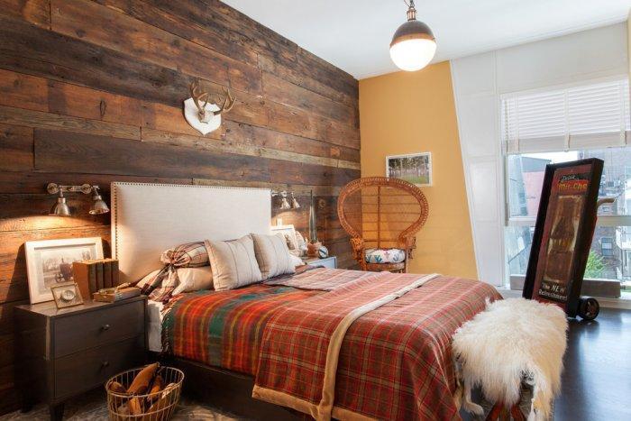 Pallet cladding - bedroom wall