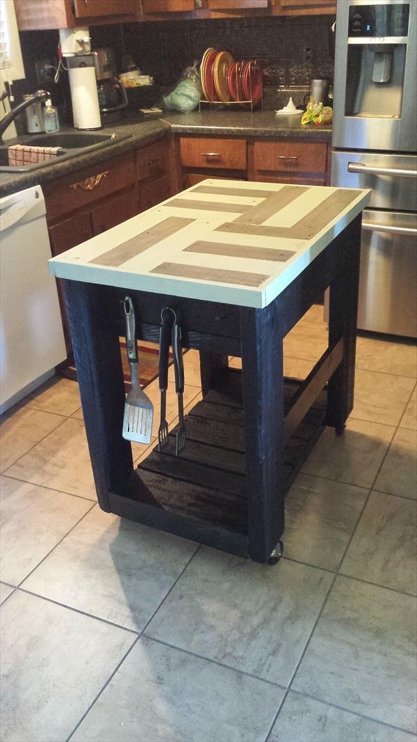 Pallet furniture - kitchen island - with storage options