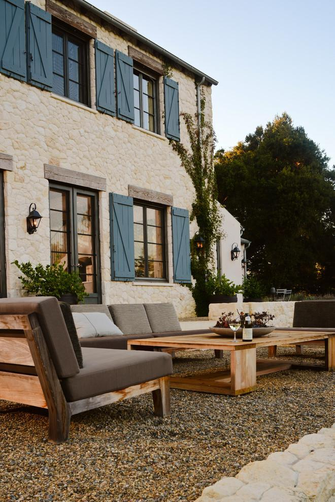 Pallet garden table - and sofas