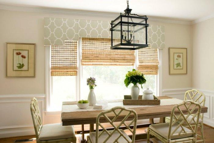 Patterned celing cornice - above the window