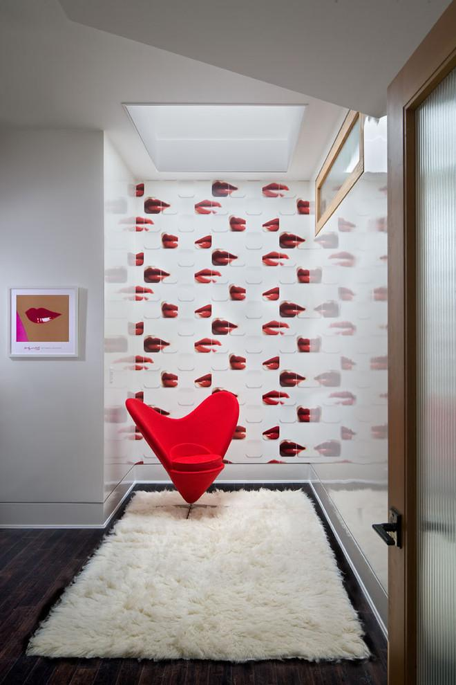 Valentine's day home - with kisses wallpaper