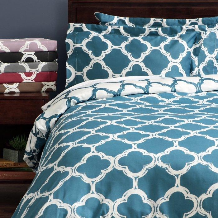 Blue and white duvet cover set - with interesting shapes