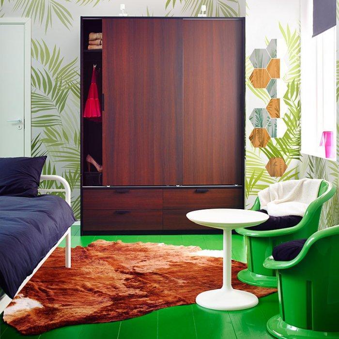 Dark brown bedroom wardrobe - for small bedrooms