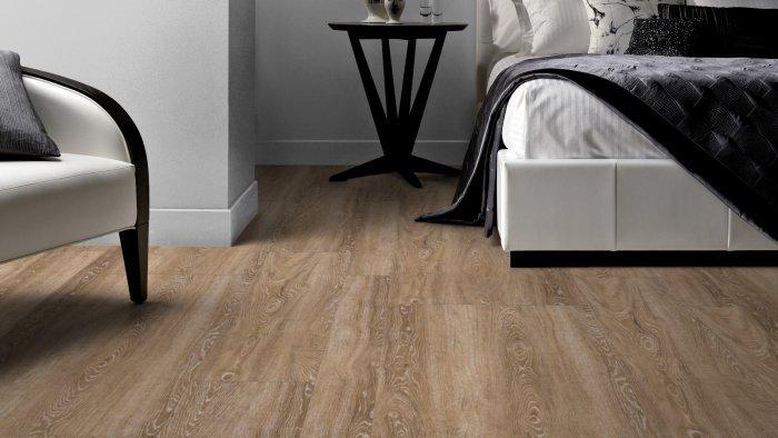 Large designer floor pattern - laminated wooden floor