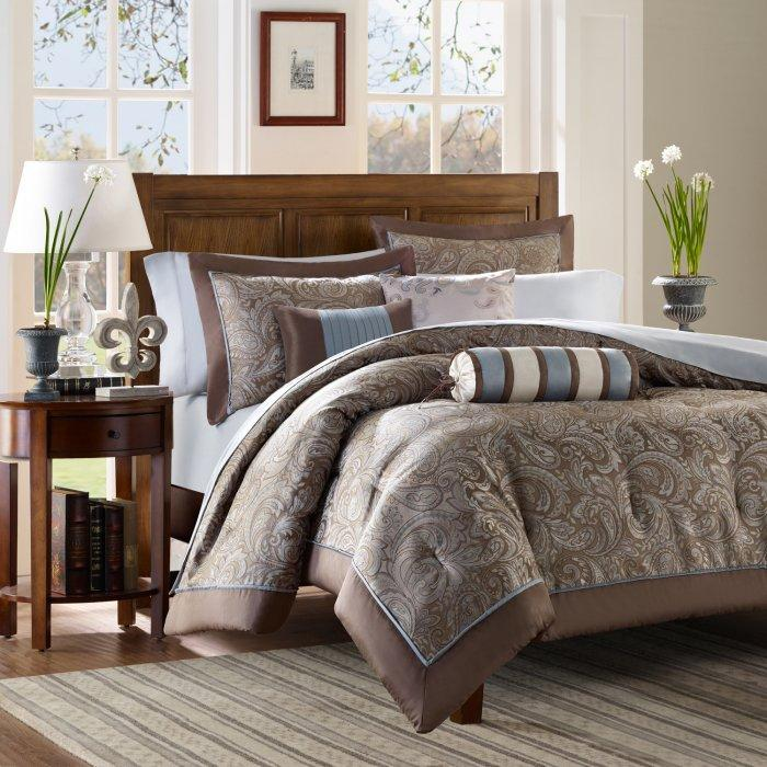 Luxurious duvet cover set - in pale brown