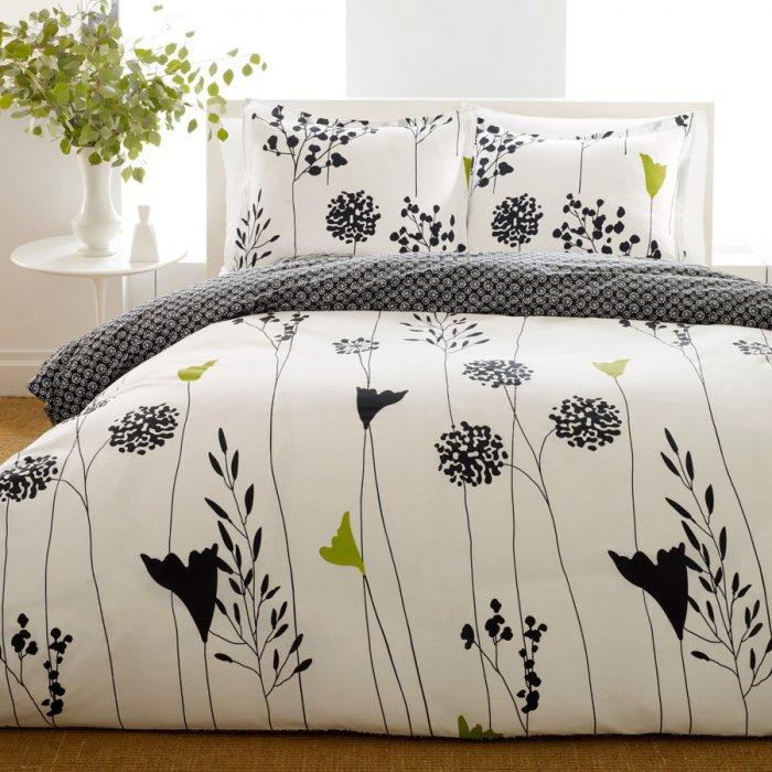 Plant patterned duvet cover set - in a contemporary bedroom