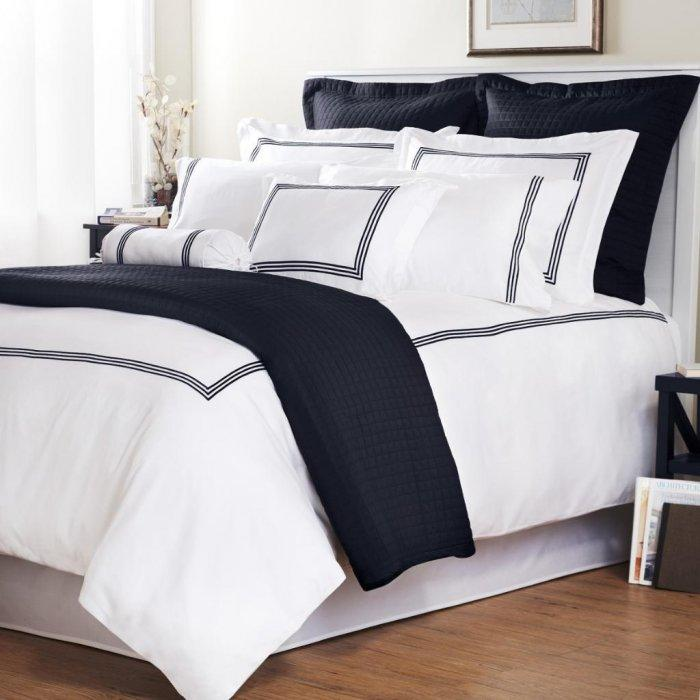 Pure white duvet cover set - with black framed graphics