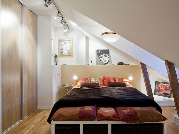 attic room 14