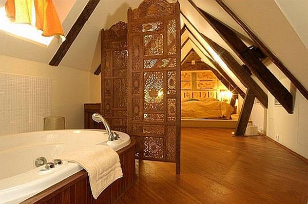 attic room 25