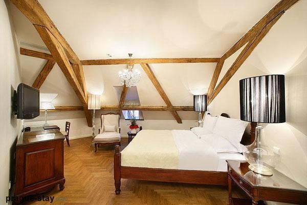 attic room 26