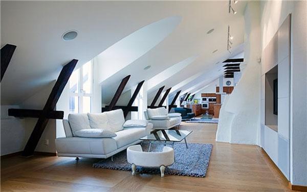 attic room 32
