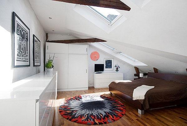 attic room 5