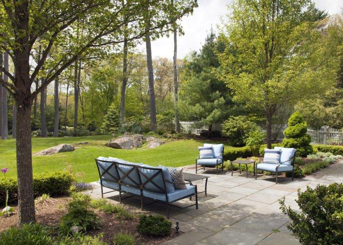 Blue outdoor sofa - with two chairs