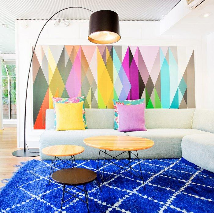 Graphic wall painting - in many colors