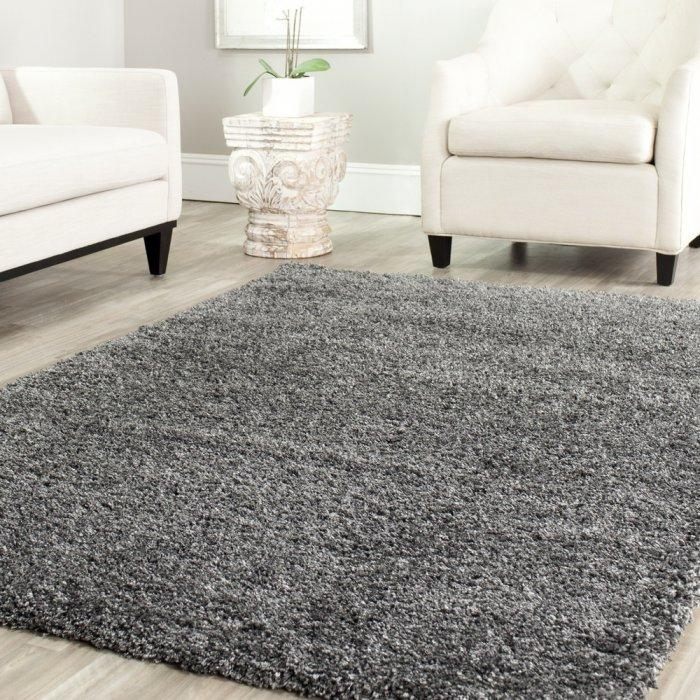 Gray area rug - in a traditional living room
