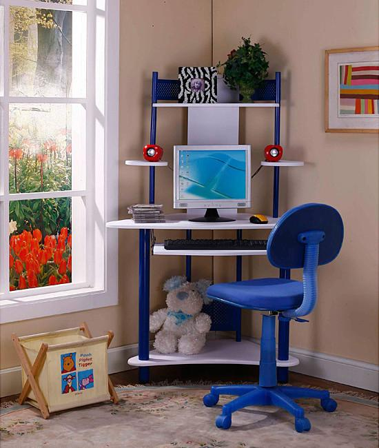 Kid's corner desk - for boys